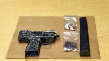 110-Pct-Submachine-gun-Cops-768x881