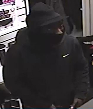 3439-16-110-pct-robbery-12-3-16-2-c