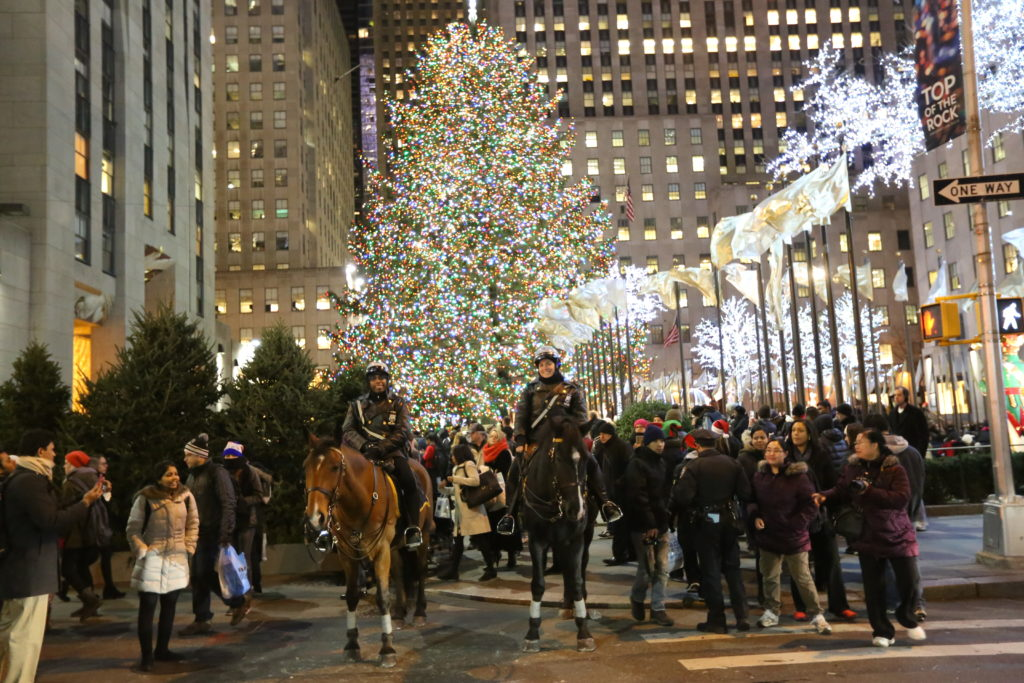 Information About Rockefeller Center Christmas Tree Lighting ...